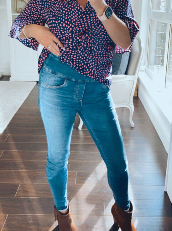 Curve friendly jeans